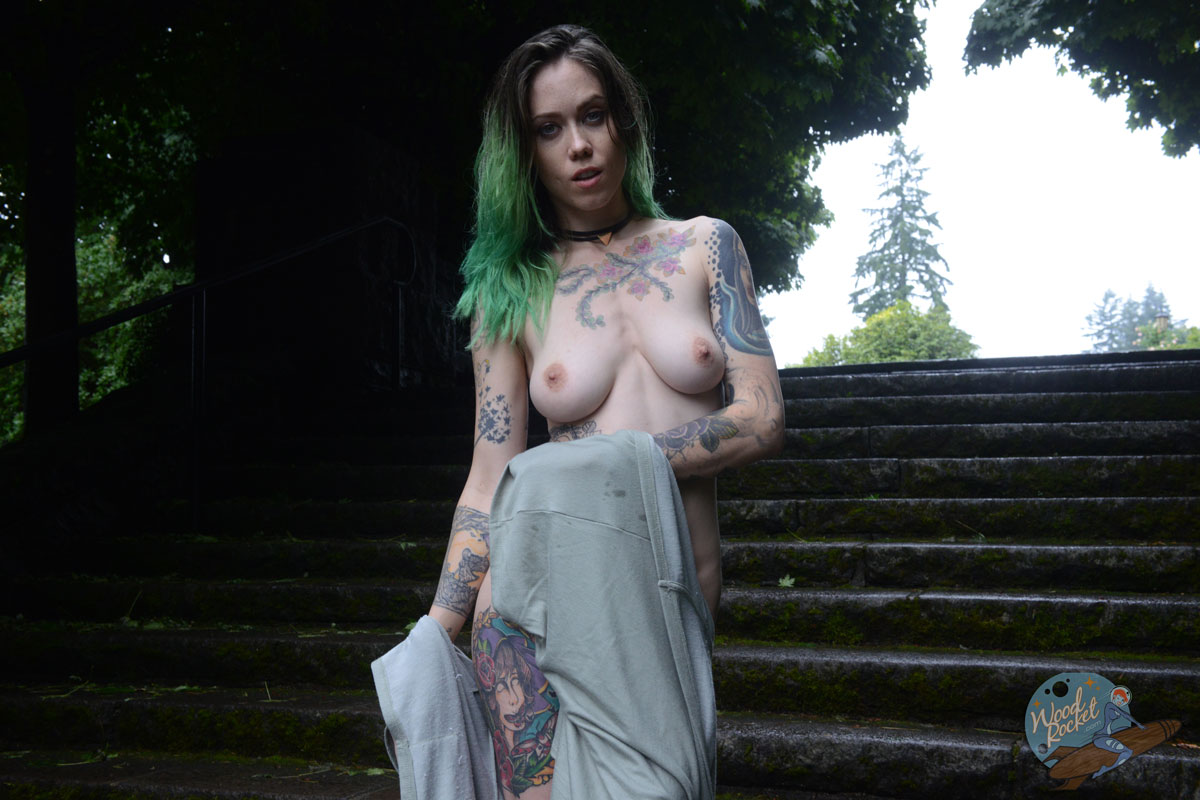 Lucy everleigh sex in the woods-9822